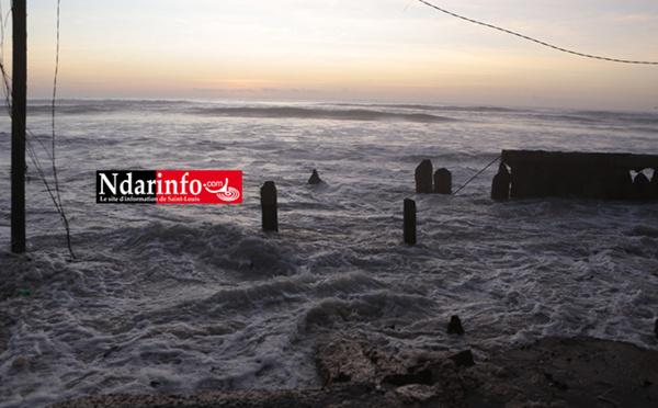 Furie des vagues : Terreur à NDAR TOUTE ( Vidéo – Photos )