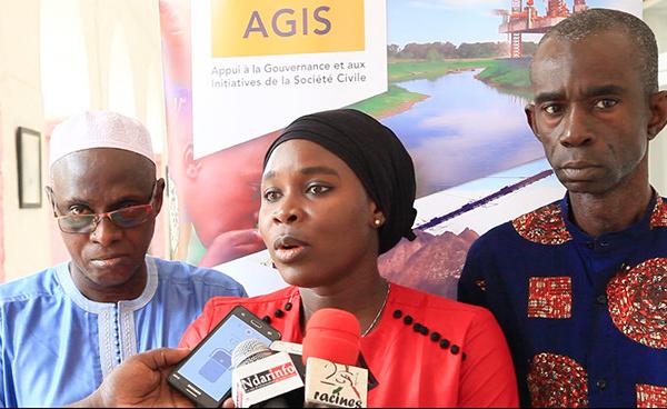 Lecture des Contrats pétroliers : une grille simplifiée présentée à la société civile et aux collectivités locales (vidéo)