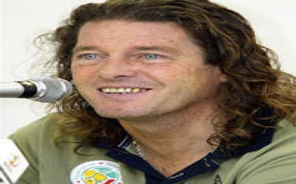 Bruno Metsu retrouve du service au Qatar