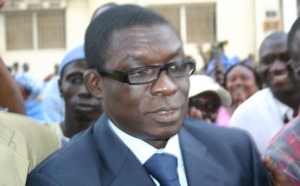 Farba Senghor et le ministre Amadou Kane Diallo trainés devant les tribunaux