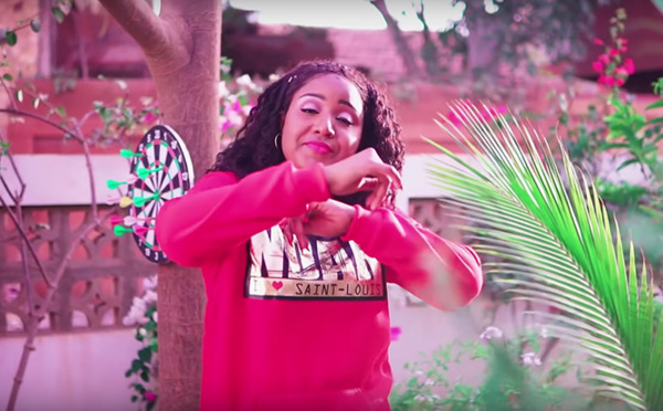 """""""Dama Wara Dosé"""", le nouveau clip de la Saint-Louisienne Adam SÈNE (vidéo)"""