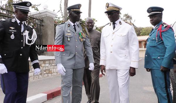 Défilé de Saint-Louis : La satisfaction du Gouverneur. Ses vibrants hommages au Colonel Mbaye CISSÉ (vidéo)