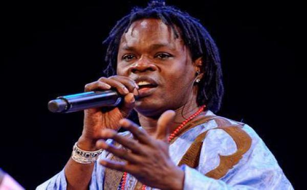 Baba Maal déplore les incidences au Sénégal qu'il juge ''anormales et inadmissibles'', '' indignes et inacceptables''