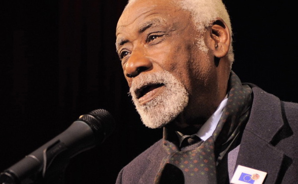 Lannion : Décès du poète franco-sénégalais Charles Carrère