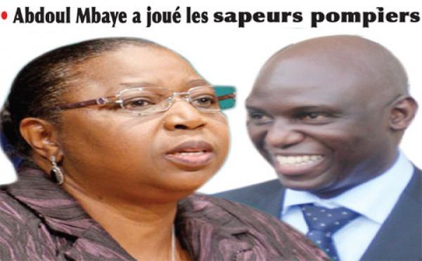 Médiation au sommet Mansour Faye et Awa Marie Coll Seck fument le calumet de la paix.