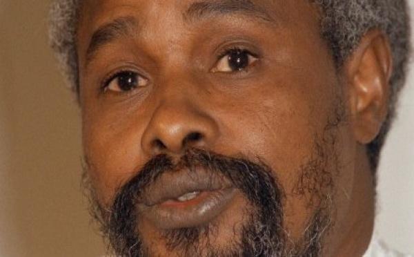 Un enseignant de l'UGB sort un ouvrage sur les affaires Habré et du Joola;