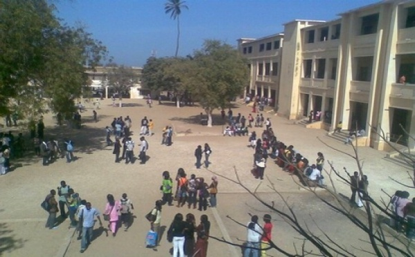 Lycée technique : les éléves contre se rebellent contre le taux d'inscription de 18 000 FCFA.