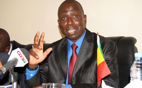"""Alioune NDAO, ancien procureur de la CREI : """" Ce mercenaire journalistique qu'est Madiambal Diagne doit poser à son ami Macky Sall"""""""