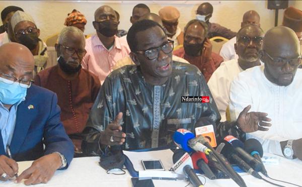 """Délocalisation du stade Me Babacar SEYE : """"Si Mansour FAYE ne recule pas …"""", avertit cette plateforme (vidéo)"""