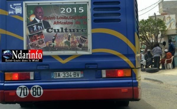 Photos de Bamba Dièye sur les bus de Toulouse : Des responsables politiques pas d'accord.