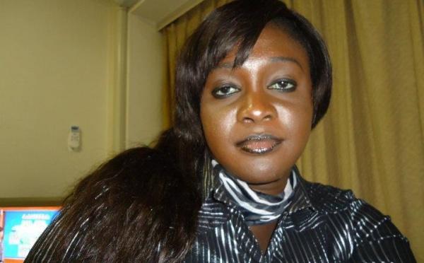 Fatou Thiam relate le film de son arrestation:  ''Ils ont  voulu enlever mon écharpe...''