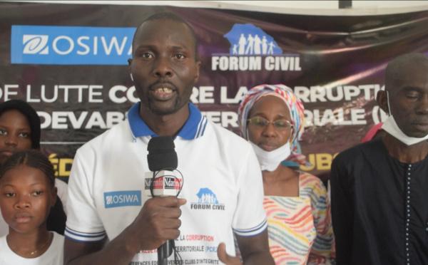 """Faire des élèves des """"citoyens actifs"""": l'ambition du Forum civil  de Saint-Louis (vidéo)"""