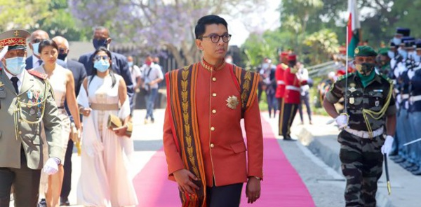Madagascar : une tentative d'assassinat du président déjouée, deux Français arrêtés