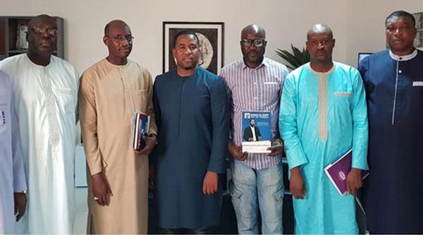 Photo polémique : « à part Boubacar SEYE, tous ceux qui sont sur cette image ont quitté Gueum Sa Bop et Bougane »