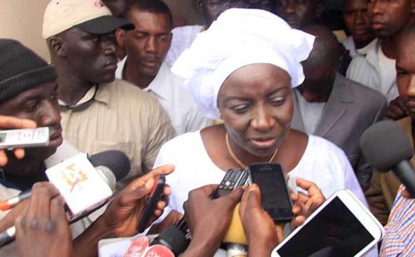 Urgent : Mimi Touré démissionne