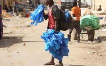 Greenpeace plaide l'application effective de la loi interdisant les sachets plastiques