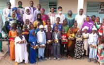 PONT NDIAWDOUNE : des lampes solaires offertes aux élèves par les GDS (vidéo)